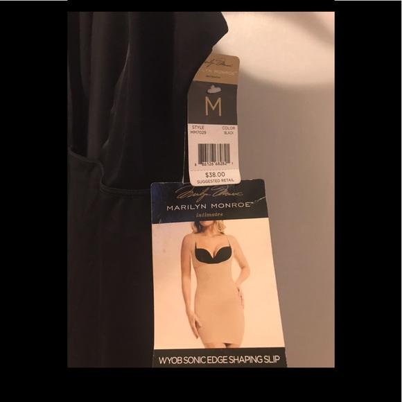 55b40fd05eb89 Marilyn Monroe Intimates ShaperSlip Black Med. NWT